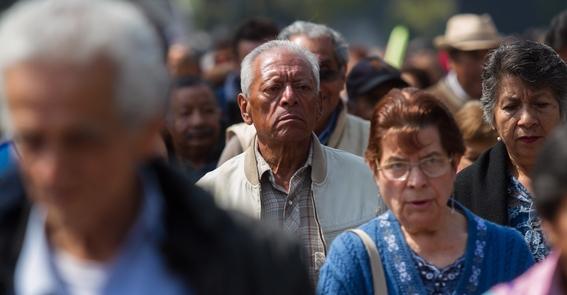 adultos mayores acusan que recibieron tarjetas sin fondos 1