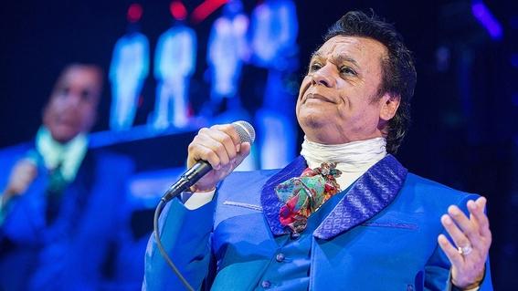 Aseguran que Juan Gabriel se paseaba en avión oficial de Chihuahua