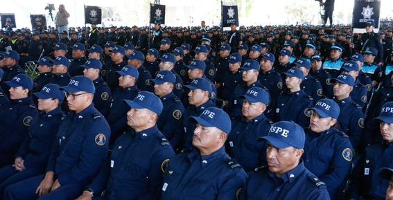 policias de guanajuato usan corvette para patrullar 4