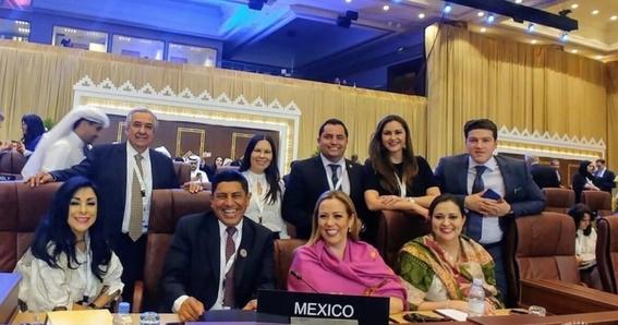 legisladores mexicanos protestan en qatar 1