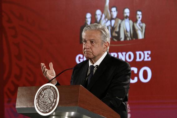 amlo pide al diario reforma revelar sus fuentes 2