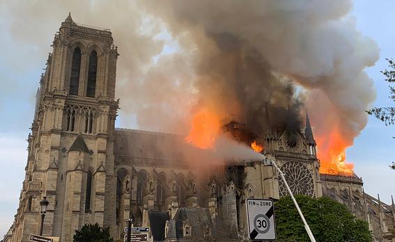 estructura catedral de notre dame incendio 1