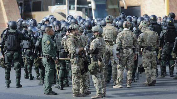 donald trump dice que esta enviando soldados a frontera euamexico 1