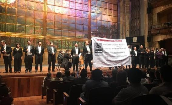 sinfonica nacional protesta en bellas artes por evento religioso 1