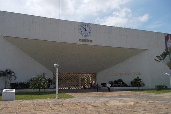 alcalde de morena pone en venta palacio municipal en villahermosa 1