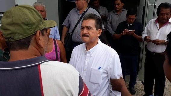 alcalde de morena pone en venta palacio municipal en villahermosa 2