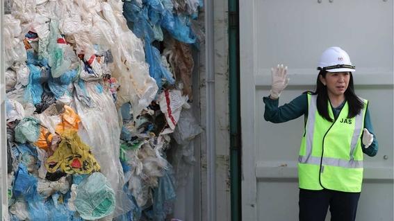 malasia anuncia que devuelve desechos a sus lugares de origen 1