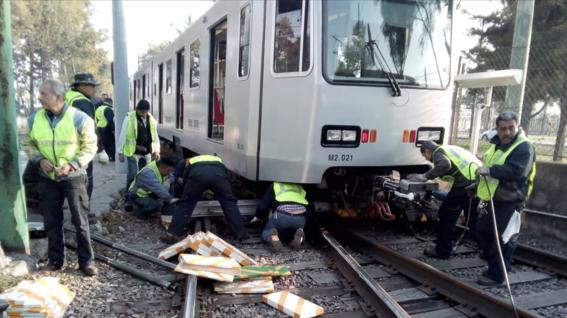 cerraran seis meses 10 estaciones del tren ligero por mantenimiento 2