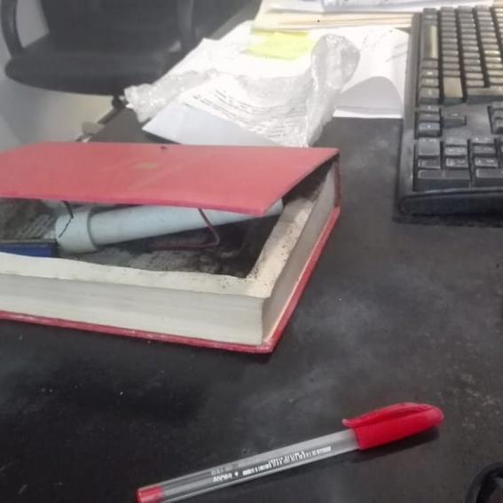 senadora de morena recibe libro con explosivo dentro 1