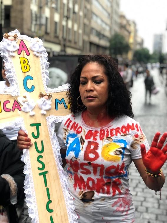 manifestacion de familiares de victimas de la guarderia abc 7