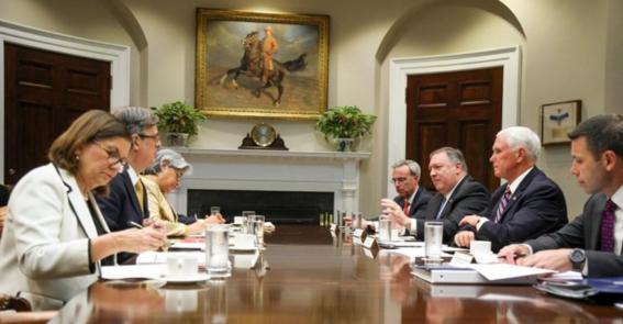 estados unidos mantiene su decision de aplicar aranceles a las importaciones mexicanas desde el lunes; amlo dice que aun hay tiempo de negociar l 1