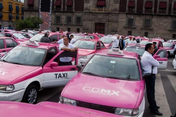 taxistas exigen app y circular en contingencia ambiental 1