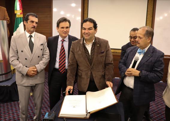 enrique vargas presidente municipal de huixquilucan 1