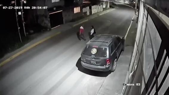 video intentan secuestrar a joven en edomex y bicitaxi frustra rapto 1