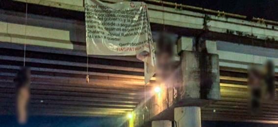encuentran mas de 17 cuerpos en uruapan; algunos colgaban de puentes peatonales 2