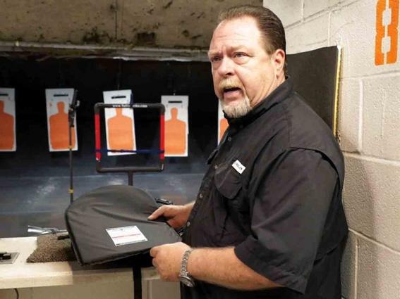 venden mochilas blindadas para ninos tras tiroteos en estados unidos 1