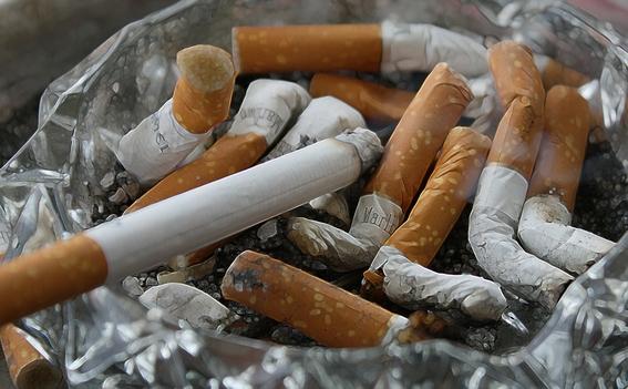humocigarrilloshacemasagresivocancercabezaycuello 3