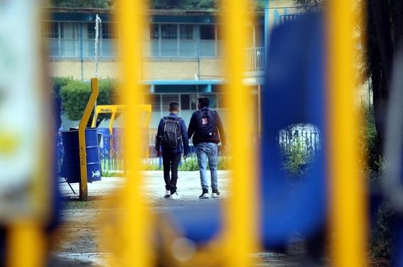 unam suspende a trabajador de prepa 3 tras denuncia de joven 2