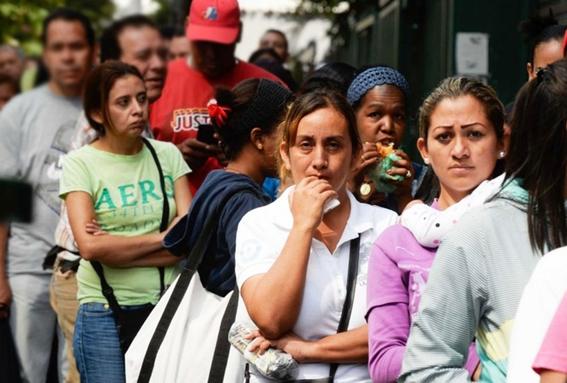 debido a la situacion economica que impera en venezuela que ha provocado la escasez de anticonceptivos muchas mujeres se embarazan por que no ti 1