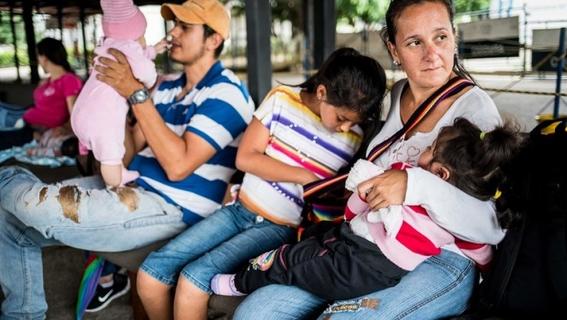 debido a la situacion economica que impera en venezuela que ha provocado la escasez de anticonceptivos muchas mujeres se embarazan por que no ti 2