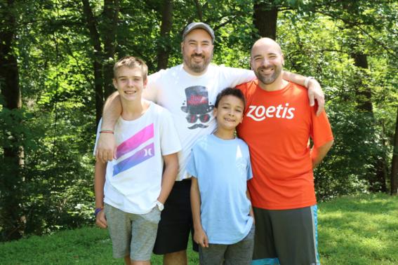 en este campamento familias homoparentales buscan la libre expresion y la convivencia en un sitio seguro y sin bullying 2
