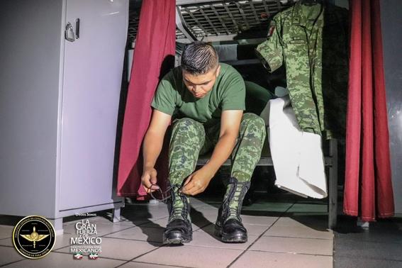como cada ano esta todo listo en el centro de la cdmx para llevar a cabo el desfile militar por el aniversario 209 de la independencia de mexico 1