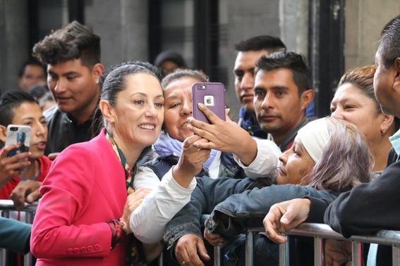 la jefa de gobierno de la ciudad de mexico claudia sheinbaum se encuentra en el pleno del congreso local para rendir su primer informe 2