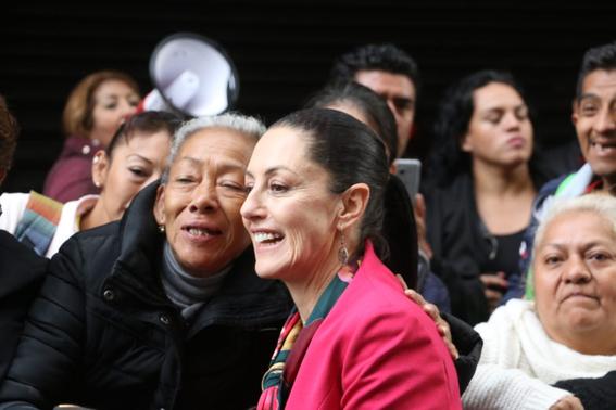 la jefa de gobierno de la ciudad de mexico claudia sheinbaum se encuentra en el pleno del congreso local para rendir su primer informe 4