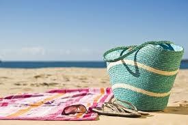 Cosas que no pueden faltar en tu bolso de playa 4