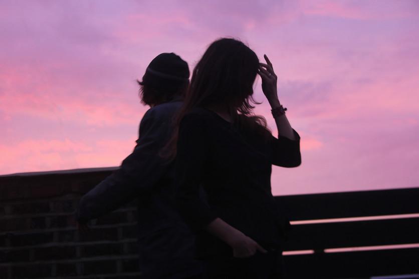 Dos poemas para recordar que el amor se trata de esperar 2