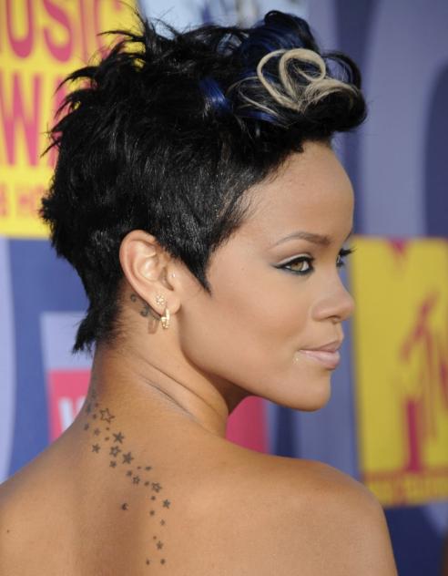 De Barbados para el mundo: 20 fotografías del antes y después de Rihanna 8