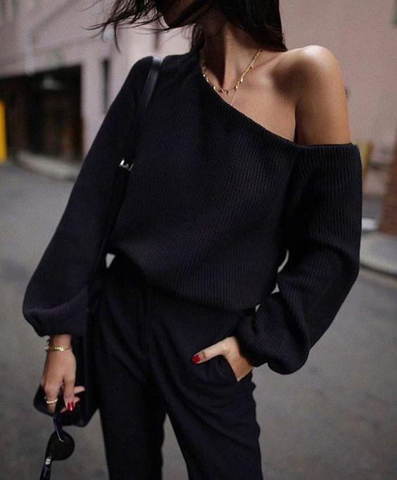¿Qué caracteriza a una mujer que ama vestir de negro? 12