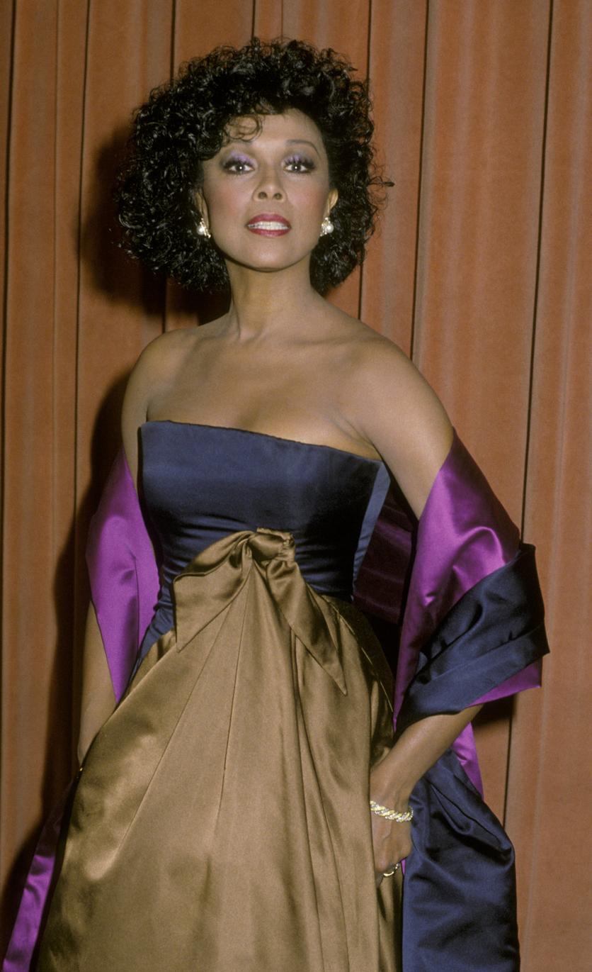 Cuál fue el look más icónico de los Golden Globe, según el año en que naciste 24