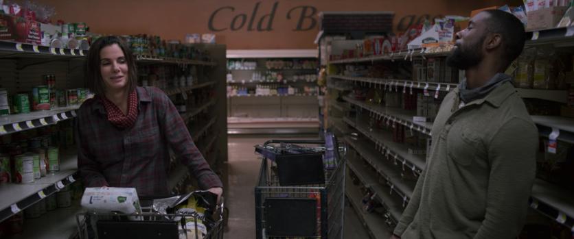 Momcore: consejos de moda que aprendimos de Sandra Bullock en 'Bird Box' 4