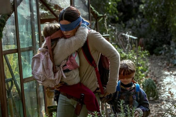 Momcore: consejos de moda que aprendimos de Sandra Bullock en 'Bird Box' 1
