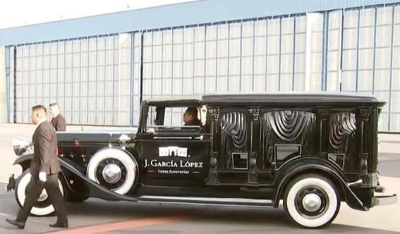 el ultimo recorrido de jose jose por las calles de la ciudad de mexico lo realizo a bordo de un cadillac modelo 1930 acondicionado como carroza  1