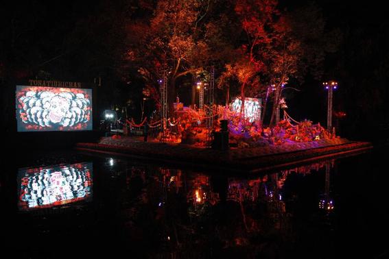 """la primera seccion del bosque de chapultepec recibe 11 instalaciones en el recorrido """"celebrando la eternidad"""" que se llevara a cabo hasta el 3 d 4"""