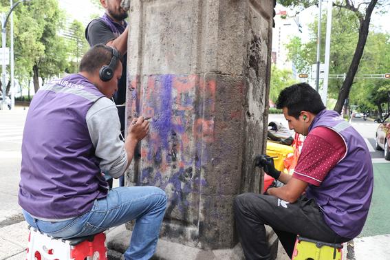 las autoridades atenderan 72 esculturas de proceres con pedestal 62 copones con pedestal y 284 metros lineales de bancas de cantera 1