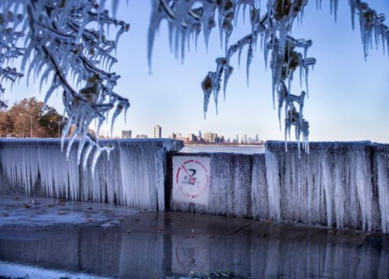 una de las peores tormentas invernales en otono que se registra en estados unidos; hay temperaturas muy bajas en por lo menos 15 estados 1
