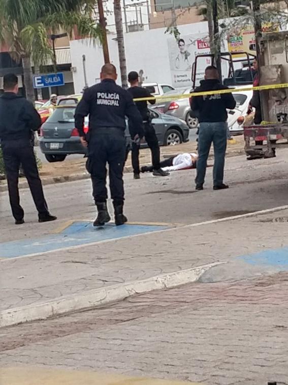 asesinan a maestra en desfile por la revolucion mexicana 1
