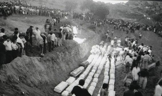 asi es el recuerdo de habitantes de san juan ixhuatepec que vivieron la explosion ocurrida en una zona altamente poblada el 19 de noviembre de 19 2
