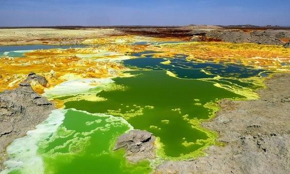 tras una serie de analisis en las aguas hiperacidas hipersalinas y calientes de dallol etiopia no se han encontrado microorganismos 2