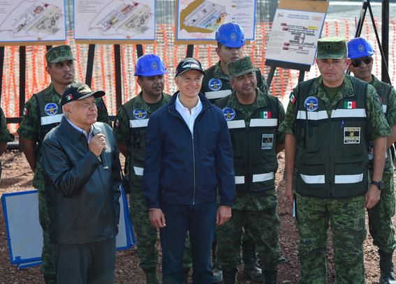 el presidente amlo destaco que la obra es considerada como el aeropuerto mas grande que se construye en el continente americano 1