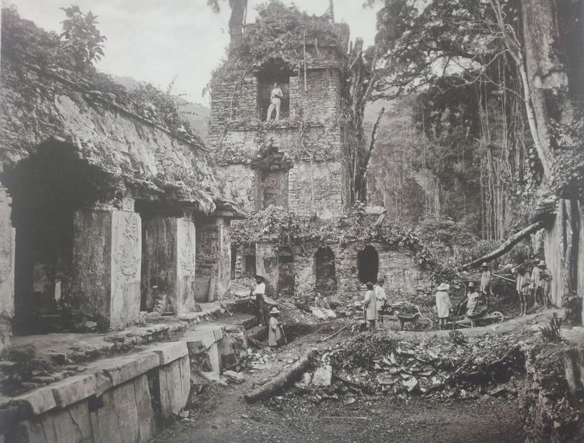 20 fotografías del descubrimiento de la tumba de Pakal, gobernante maya en Palenque 2