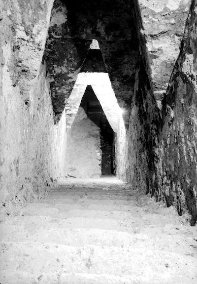 20 fotografías del descubrimiento de la tumba de Pakal, gobernante maya en Palenque 4