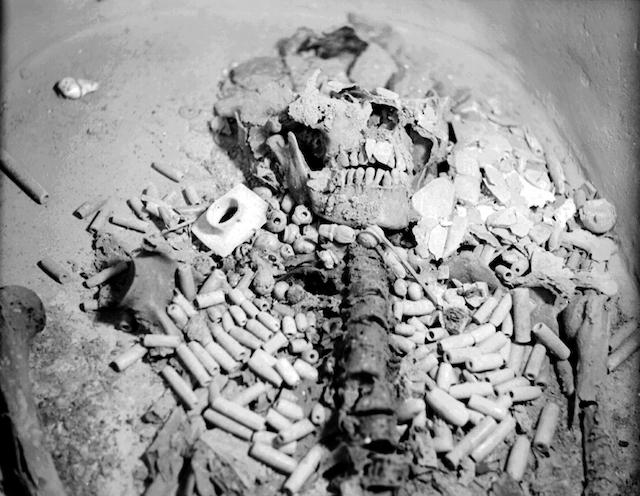 20 fotografías del descubrimiento de la tumba de Pakal, gobernante maya en Palenque 16