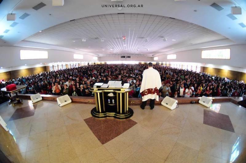 Los sucios secretos del culto religioso brasileño que está conquistando Latinoamérica 4