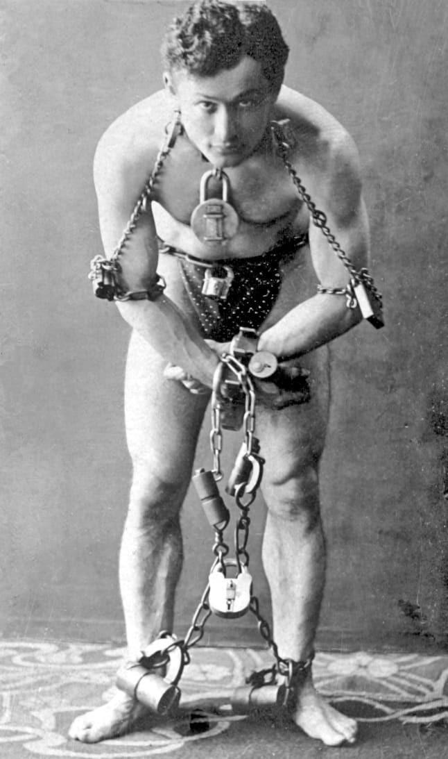 El día que Houdini le enseñó sus trucos de magia a soldados para que pudieran escapar 2