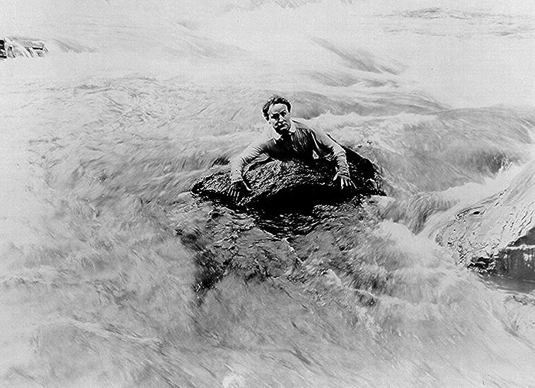 El día que Houdini le enseñó sus trucos de magia a soldados para que pudieran escapar 3