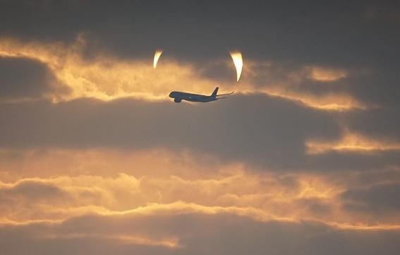 ¿que son los cuernos del diablo que aparecen en eclipse de qatar 2
